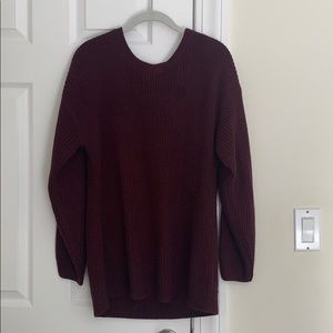 Maroon knit sweater with back detail